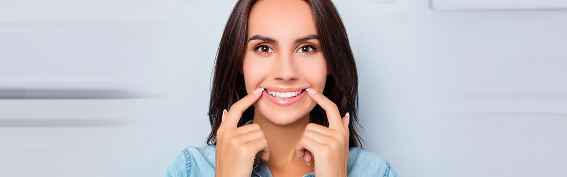 What Is A Smile Makeover?