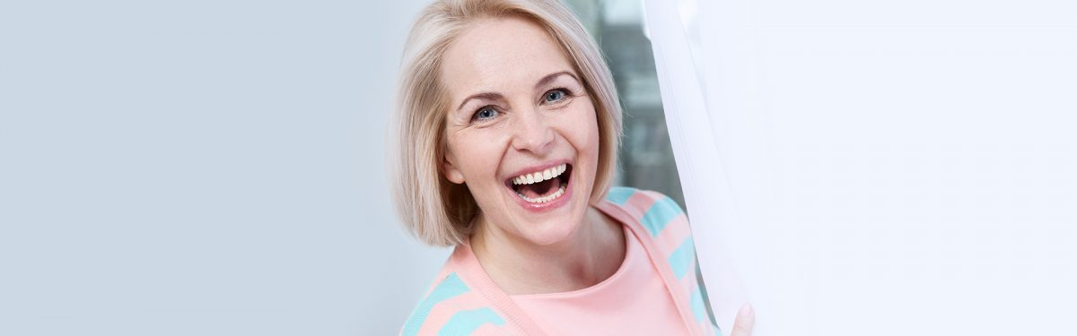How to Effectively Replace Missing Teeth Using Dentures